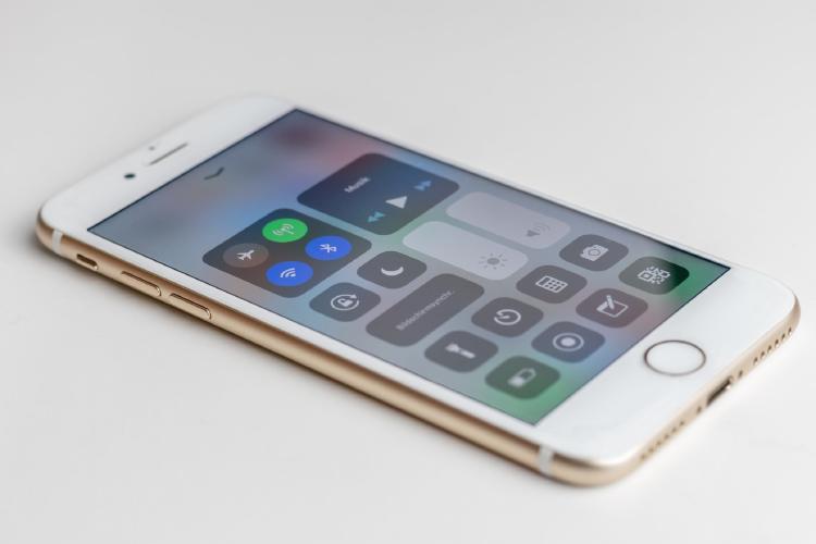 Centro de control en un iPhone.