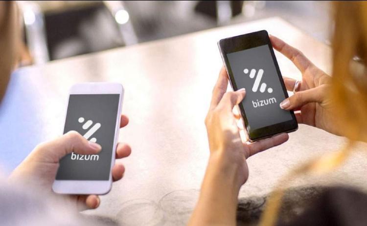 Usuarios utilizando Bizum.